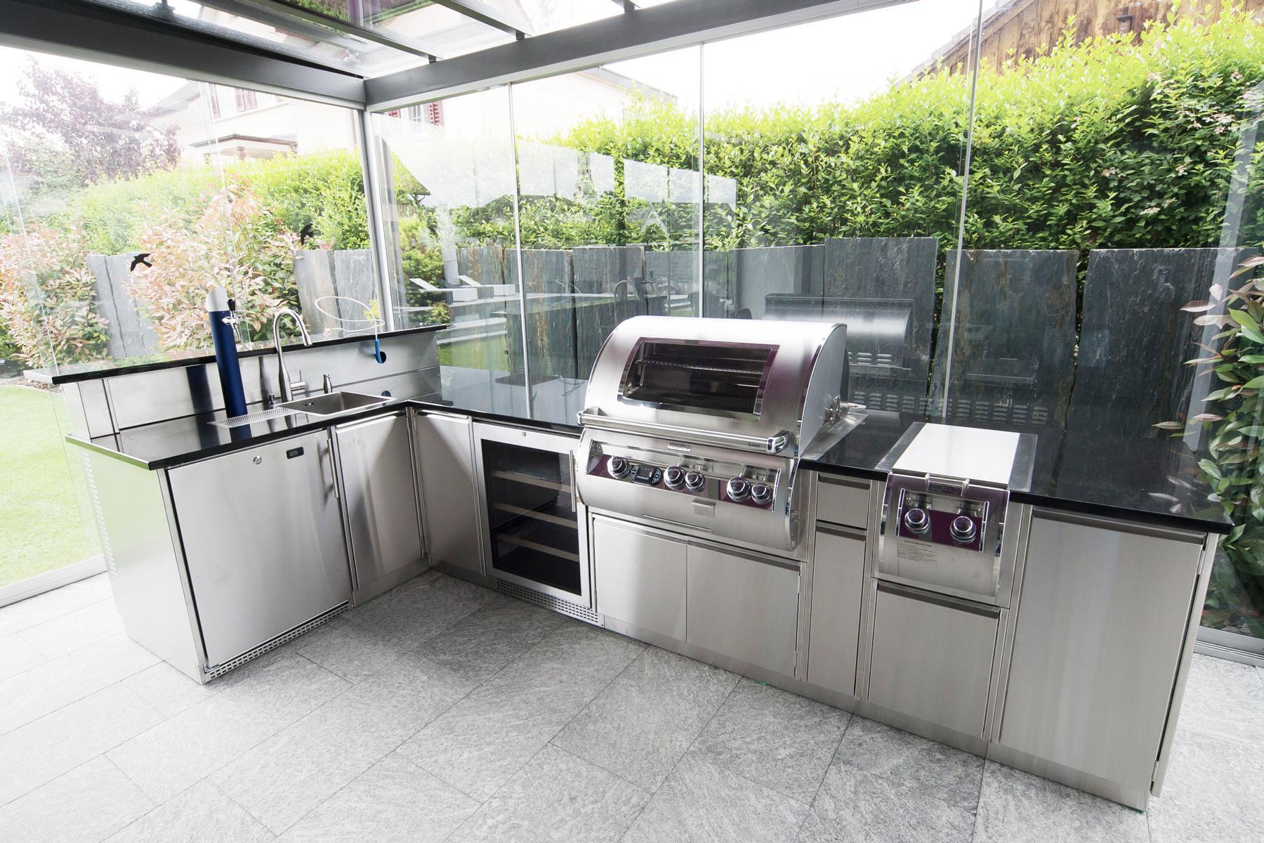 Outdoor Küche Edelstahl Preis : Massgeschneiderte aussenküchen aus edelstahl für sie!