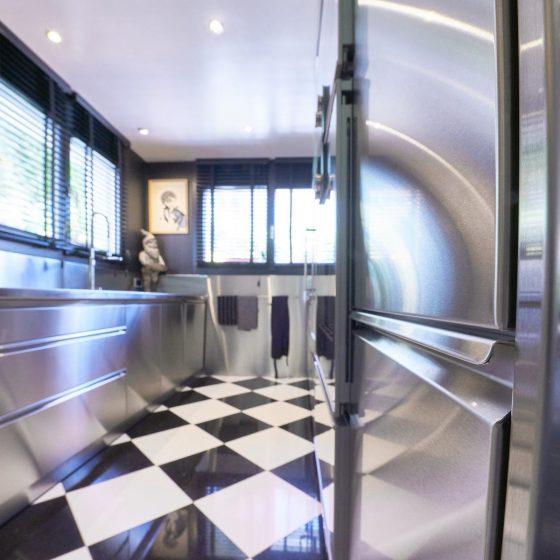 Private Küche Beispiel Edelstahl Design